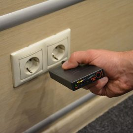 iProtect RF Wireless Signal Detector To Detect Surveillance Threats