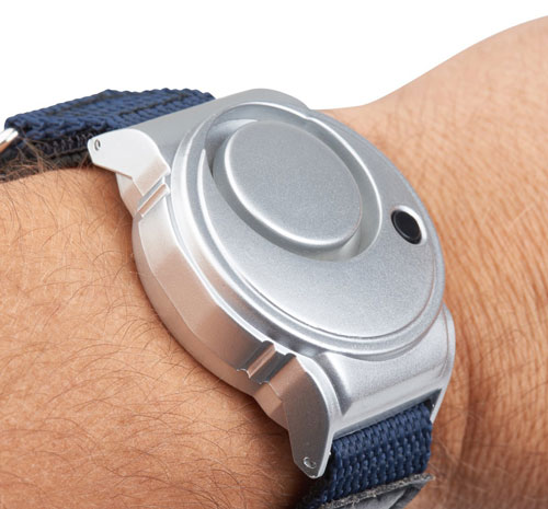 vigilant-130-db-wearable-personal-alarm