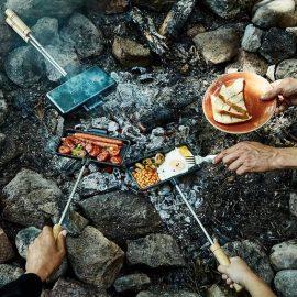 Uno Casa Cast Iron Campfire Sandwich Maker